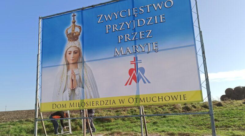 Maryja znów patrzy na Otmuchów