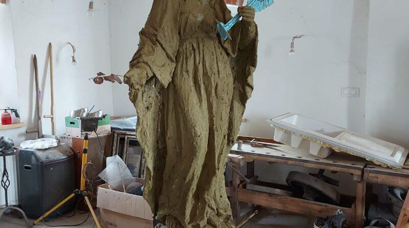 Figura Maryi już prawie gotowa….